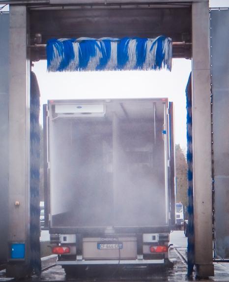 entretien matériel camions lavage